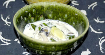 青菜ときのこの豆乳スープ