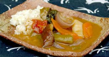 夏野菜のカレー&雑穀ミックスご飯