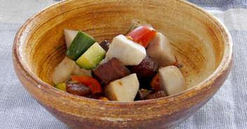 里芋とマグロのピリから風味和え