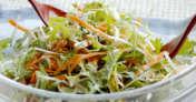 春の菜っ葉のホットサラダ