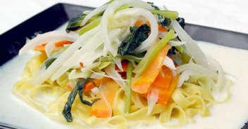 野菜たっぷりのクリームパスタ