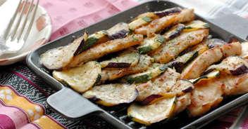 チキンと夏野菜の重ね焼き マスタードソース