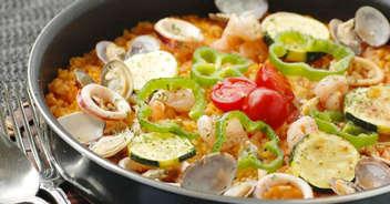 フライパンで!魚介と夏野菜のパエリア