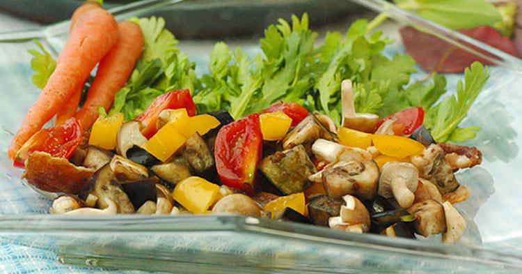 たっぷり秋野菜とカリカリ豚ばら肉