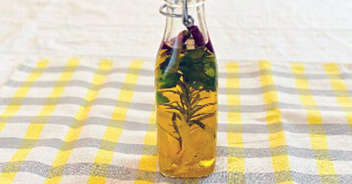 ローズマリーとレモンのオイル